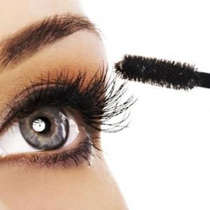 Secretos-del-delineador-y-del-rimel-que-cambiaran-la-forma-de-maquillarte-4
